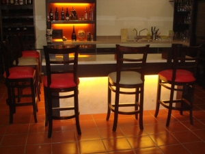 dome bar chair - old